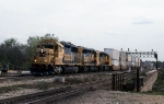 ATSF 3830, 3807, and 4013